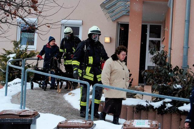 Retter evakuieren 15 Senioren