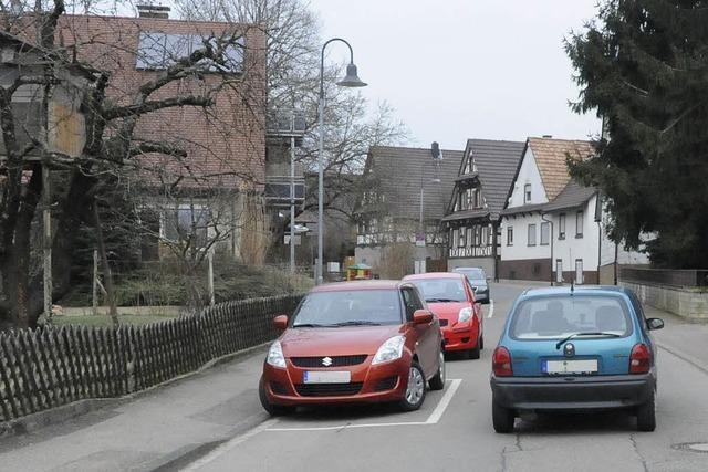 Vörstettens Marchstraße bald mit Parkmarkierungen