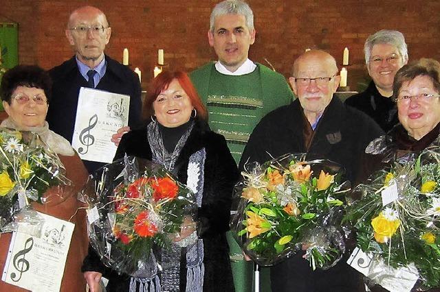 Friedlinger Sänger von 16 bis 76 Jahren dem Gotteslob verpflichtet