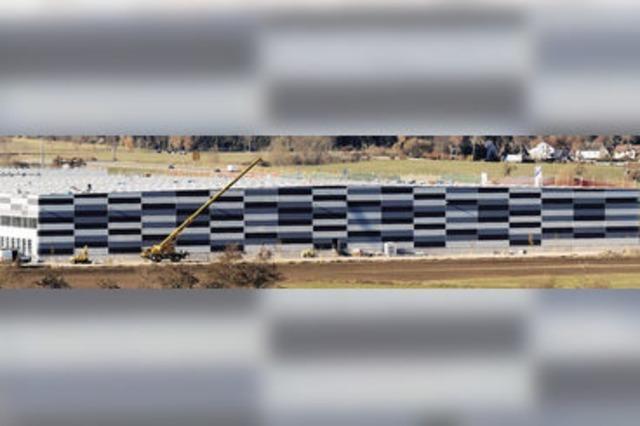 Ein Anlaufzentrum für 60 Lastwagen