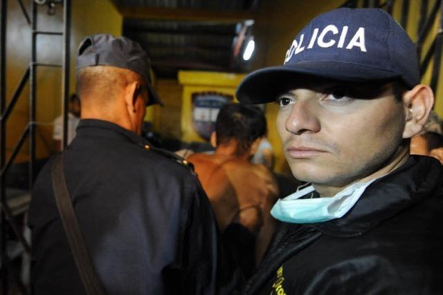 Rund 270 Tote bei Gefängnisbrand in Honduras