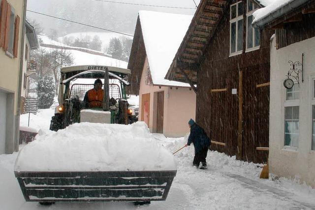 Jetzt ist der Schnee da – Viel weiße Pracht in Marzell