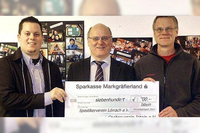 700-Euro-Spende an Spastikerverein