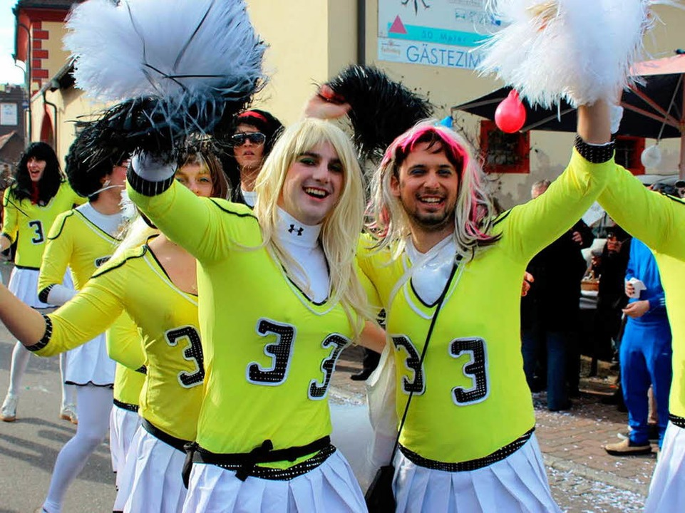 Cheerleaders vom Sportverein.  | Foto: Picasa