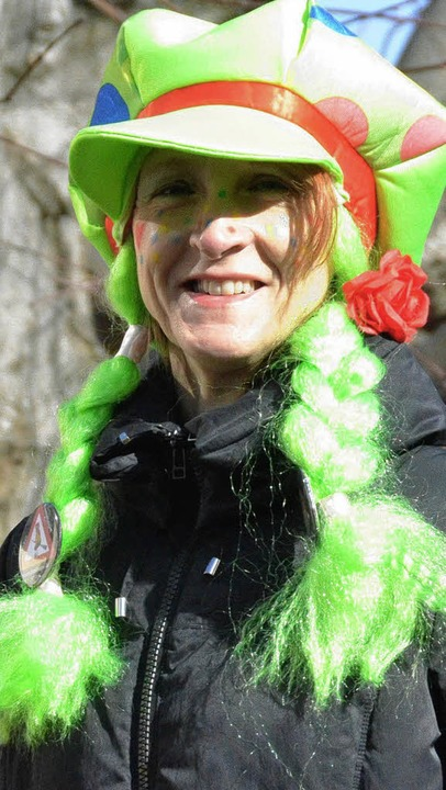 In zeitgemäßem Grün-Rot: Bürgermeisterin Daniela Meier.  | Foto: Markus Maier
