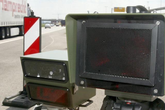 Autobahnpolizei blitzt 800 Temposünder – in vier Stunden