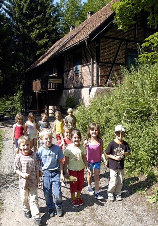 Ein Bild aus sonnigeren Tagen: Viele J...d Vorschulklassen die Reichweinhütte.   | Foto: Archivfoto: Ingo Schneider