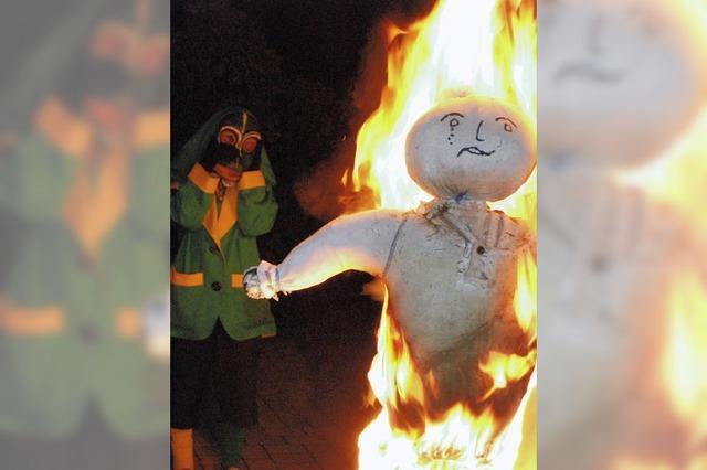 Frau Fasnacht in Flammen