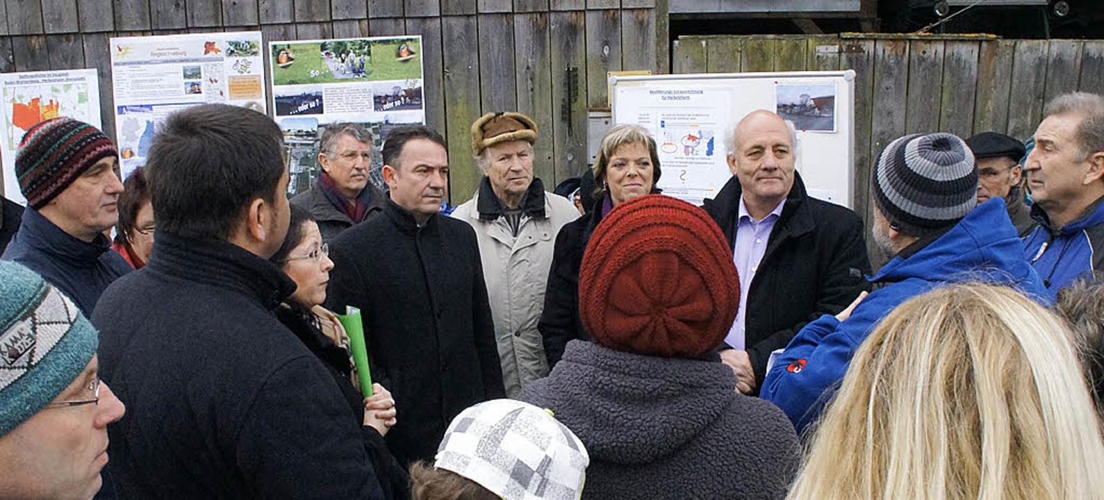 IG Steinacker trifft Landtagsabgeordne...rten sich die Argumente der Bürger an.  | Foto: Hüge