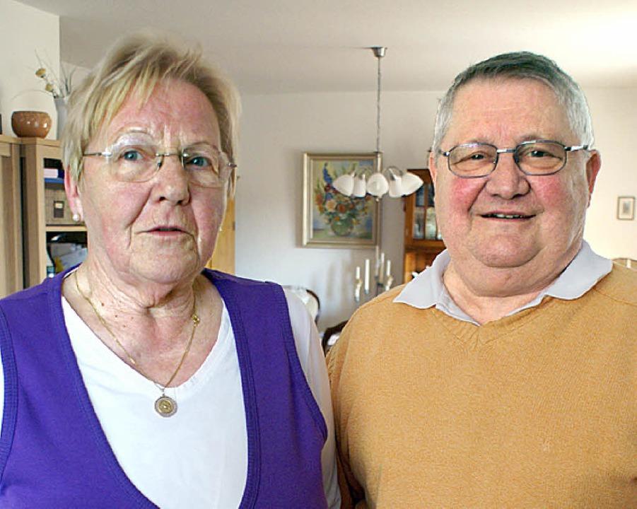 Maria Anna und Conrad Weinrich sind heute genau seit 50 Jahren verheiratet.   | Foto: Werner Probst