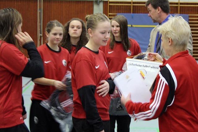 Freiburger haben beim Mädchen-Futsal die Nase vorn