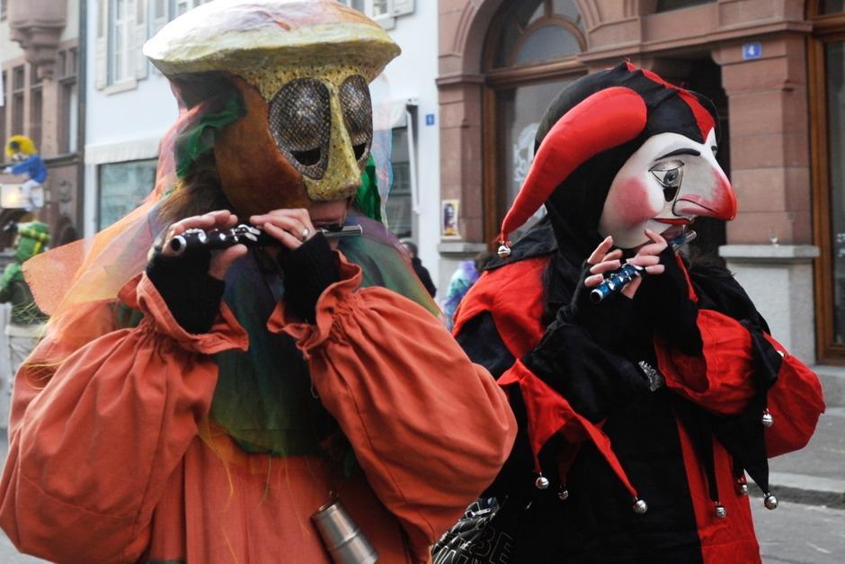 Mit dem Morgestraich begann am Montag die traditionelle Fasnacht in Basel. (Foto: dapd)
