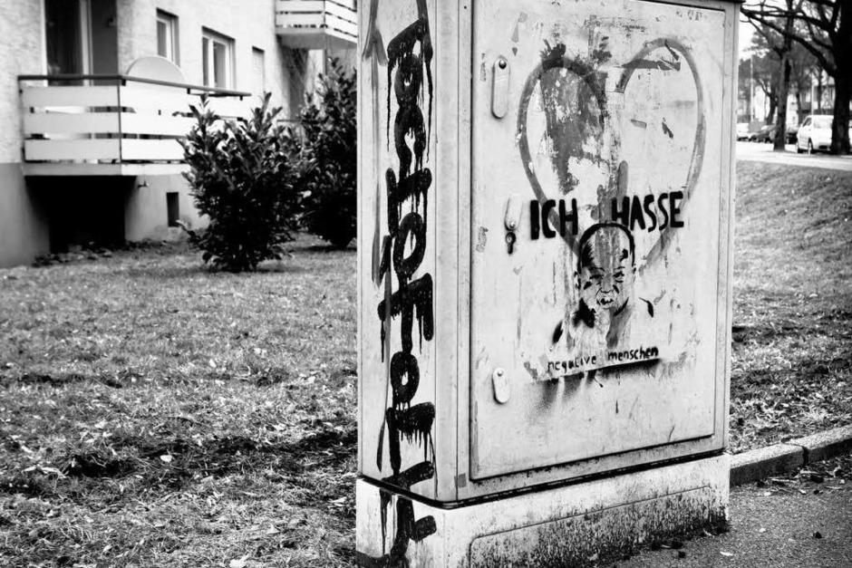 Ferdinand-Weiß-Straße in Schwarz-Weiß (Foto: Carlotta Huber)