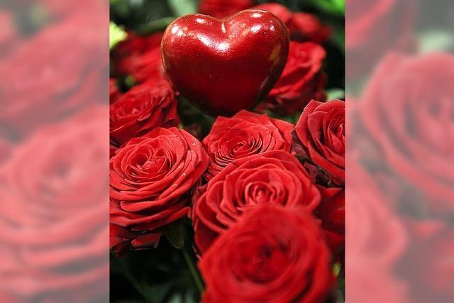 Deutsche glauben an Liebe fürs Leben