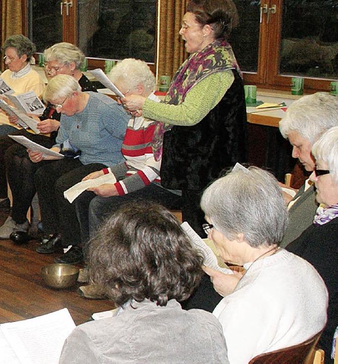 Die Runde las auch den Erfahrungsbericht einer Sozialarbeiterin.   | Foto: Hrvoje Miloslavic