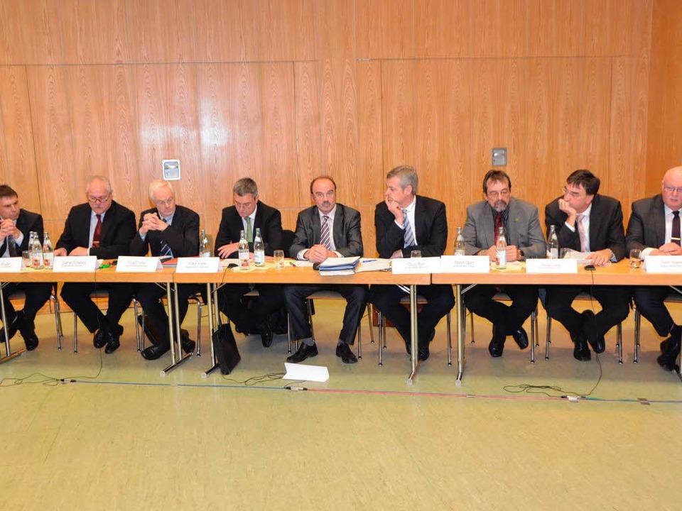 Neun Bürgermeister gaben ihre Stellungnahmen ab.  | Foto: manfred Frietsch