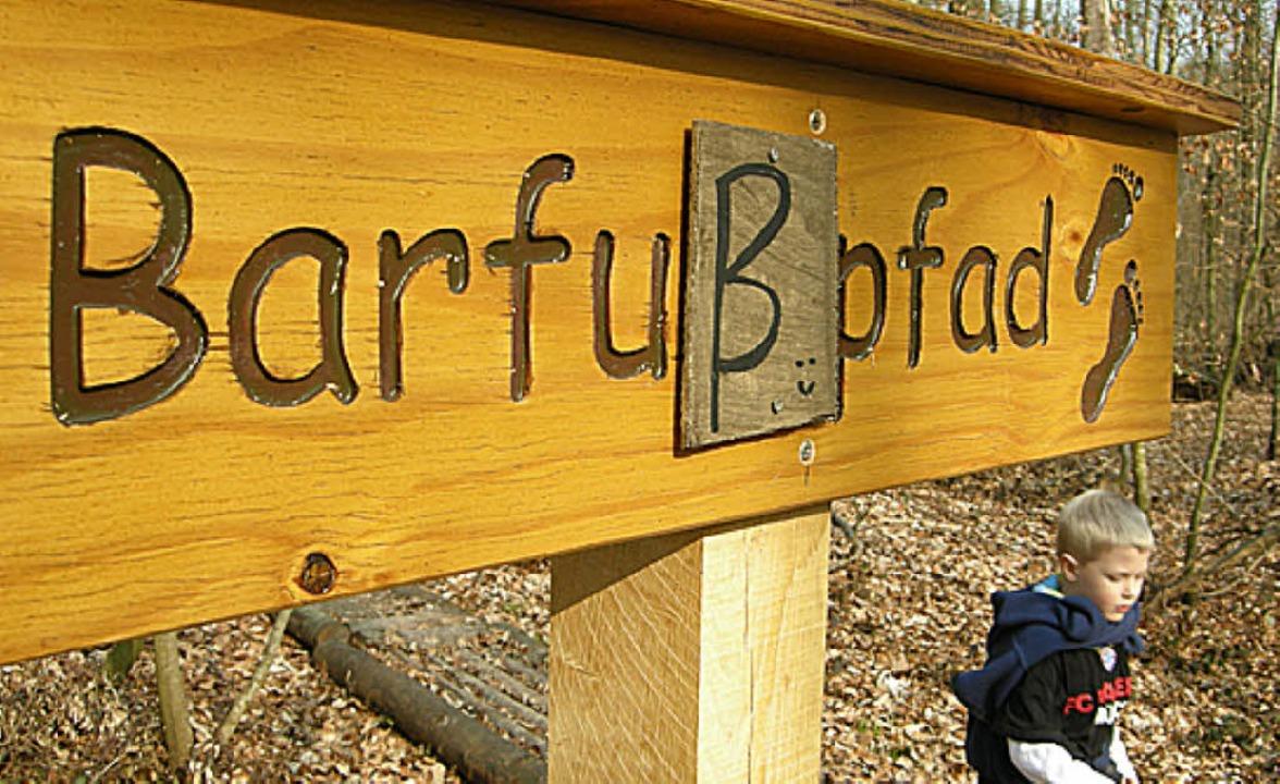 Korrigiert mit Filzstift und Schraubenzieher: Barfußpfad im Stadtwald  | Foto: BUß!HOFF
