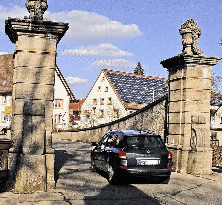 Darf man Wolterdingens Wahrzeichen, di...n die Brücke ins Wanken. Bild: Vollmer  | Foto: Vollmer