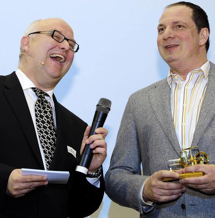 Moderator  Joachim Eickhoff (links) und Jobmotor-Gewinner Jörg Keifert  | Foto: thomas kunz