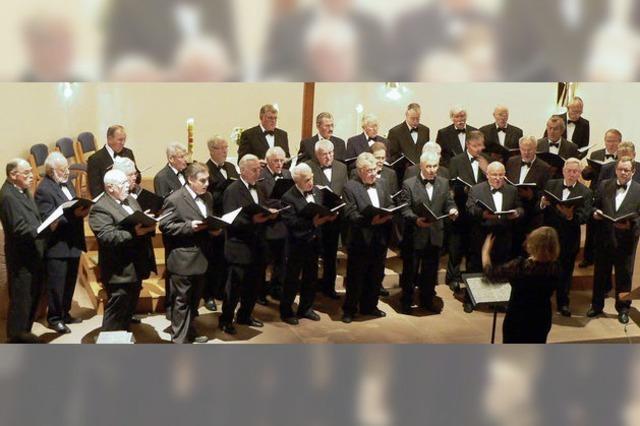 Gemeinsames Singen unter Männern