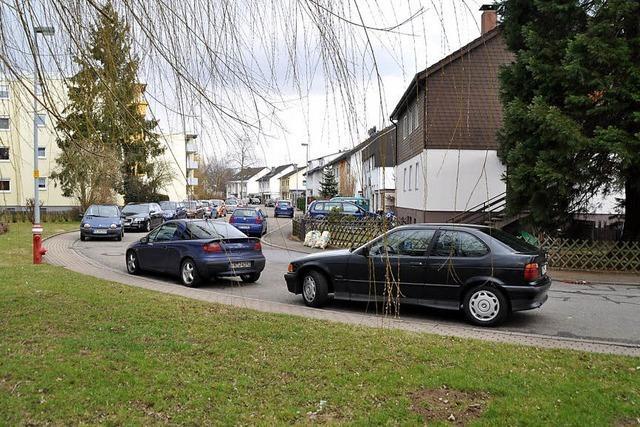 Parken in Kurve oder an Bäumen