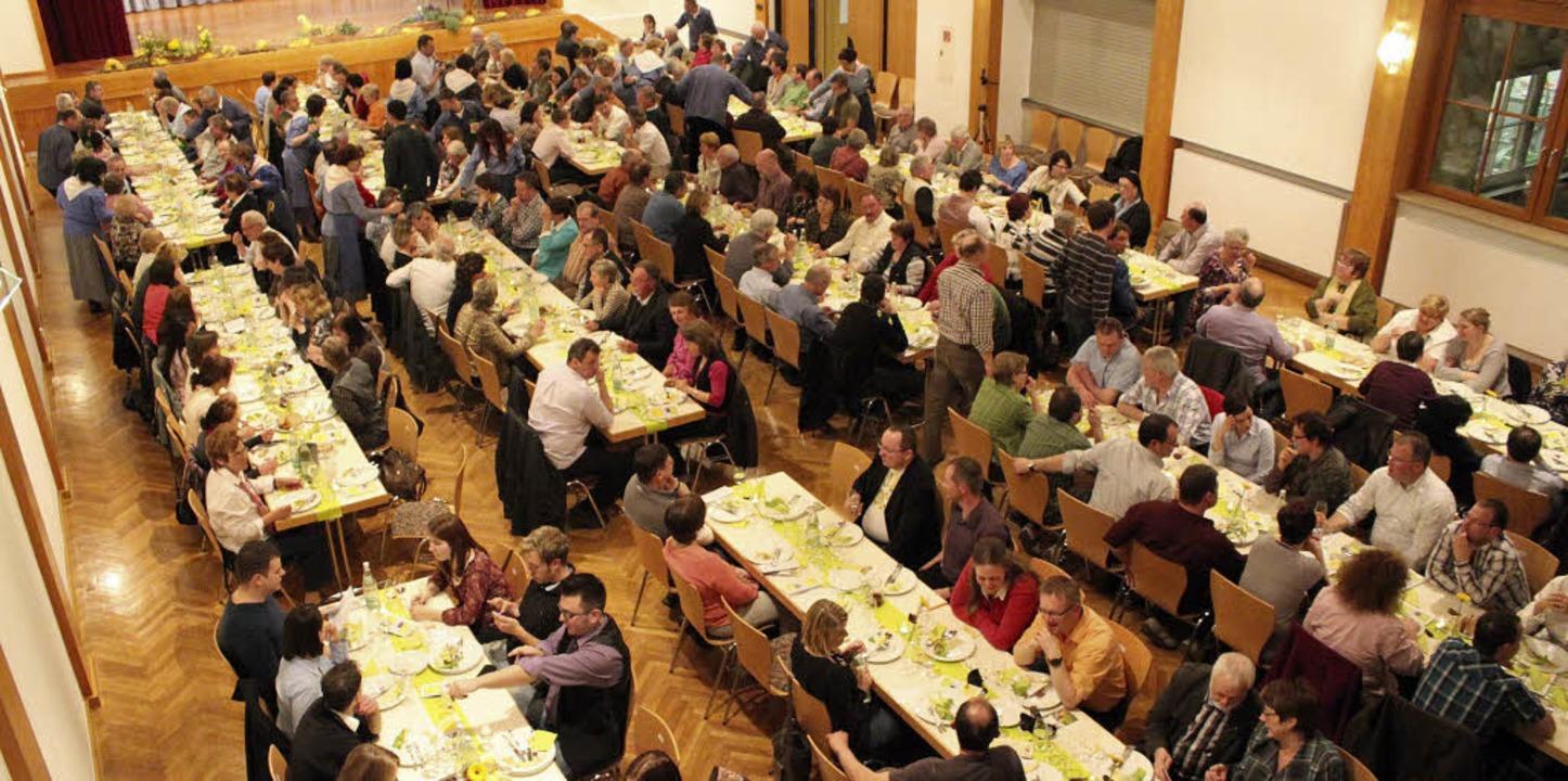 Beliebt bei Weinkennern und Winzern au...gweinprobe im Bürgerhaus in Ringsheim.  | Foto: Mutz