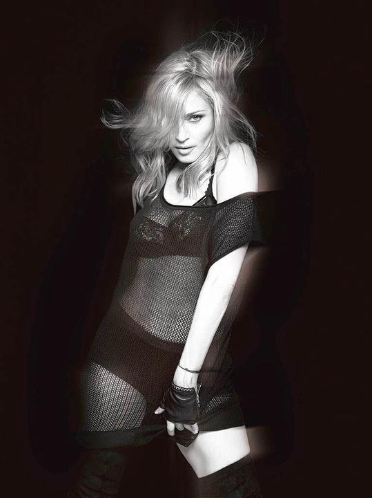 Sexy muss es immer noch sein: Madonna   | Foto: Universal