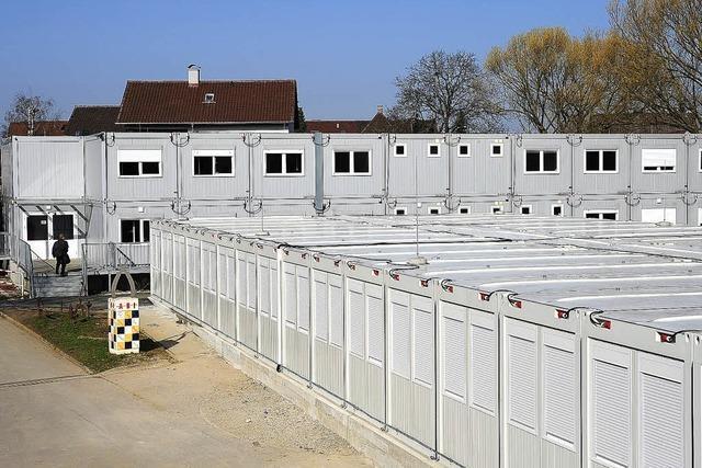 THG zieht ins Containerdorf