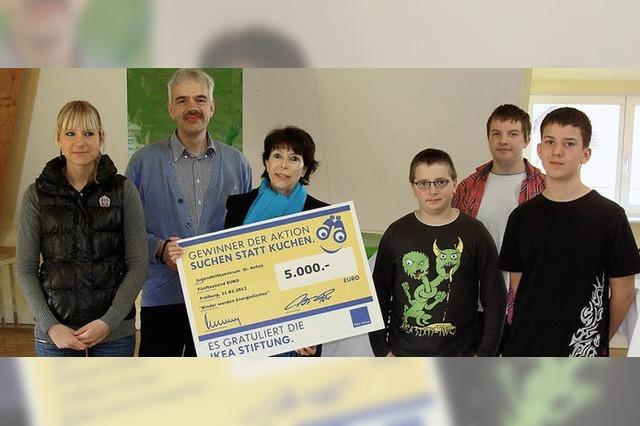 Ikea-Spende fürs Jugendhilfezentrum