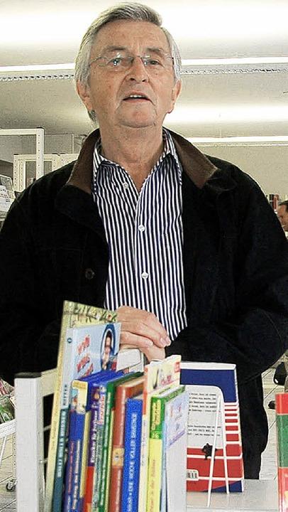 Herbert Uhl hat wieder einen interessa...rs Bücherei-Kulturprogramm erarbeitet.  | Foto: Langelott