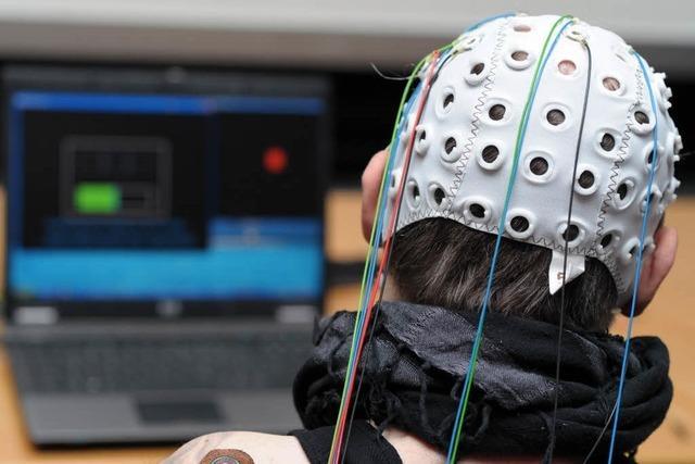 Greifen mit Gedankenkraft – Forscher stellen Prototypen vor