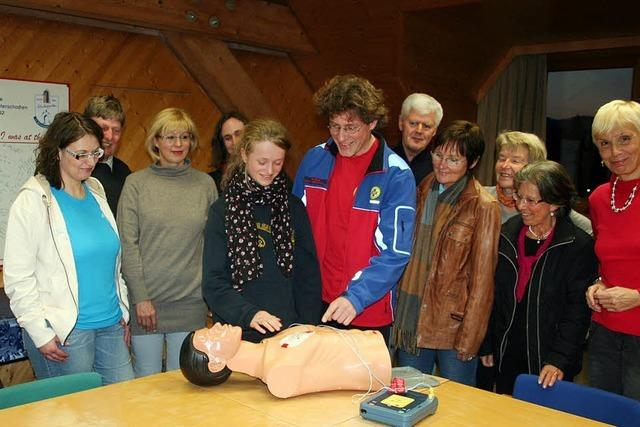 Wissen für schnelle Hilfe bei Herzproblemen vermittelt