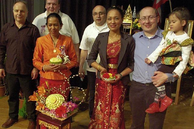 Riesiger Ansturm auf thailändisches Fest