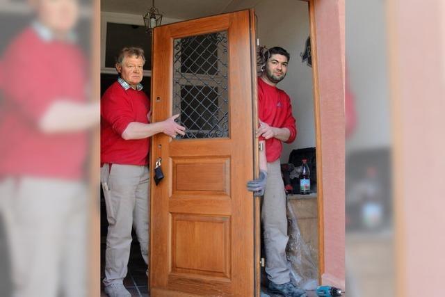 Neue Tür für altes Haus