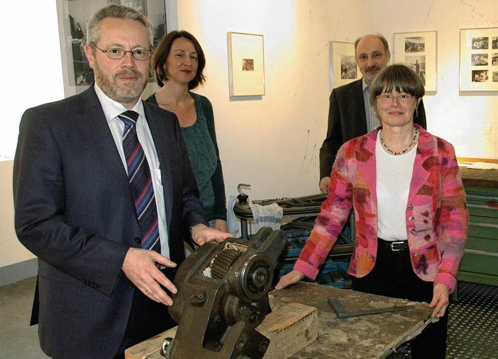 In der ausgestellten Kaltenbach-Werkst...ing und Beatrice Kaltenbach-Holzmann.   | Foto: Nikolaus Trenz