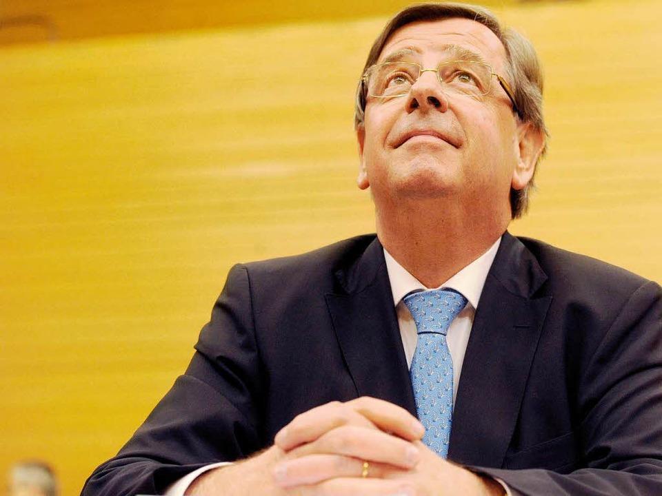 Will nicht über Gefühle sprechen: Ex-Finanzminister  Willi Stächele  | Foto: dpa