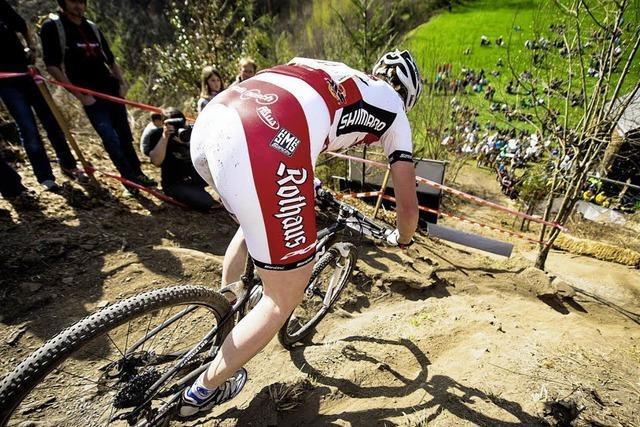 Überzeugende Zweirad-Ritte in schwierigem Gelände