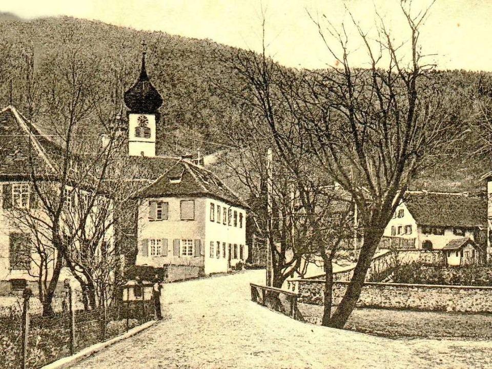 Die Ebneter St. Hilarius-Kirche  steht...Dreisamtal gelegenen barocken Schloss.  | Foto: Archiv Hans Sigmund