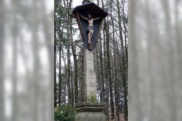 Ein Kreuz, das aus sich selbst wirkt