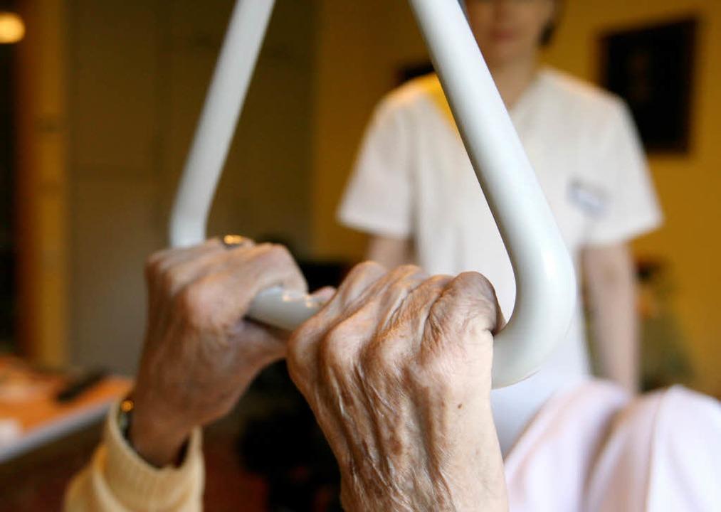 Mehr Geld für Pflege   | Foto: dpa