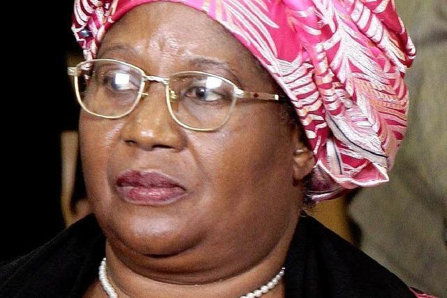 Joyce Banda legt Amtseid als Präsidentin in Malawi ab