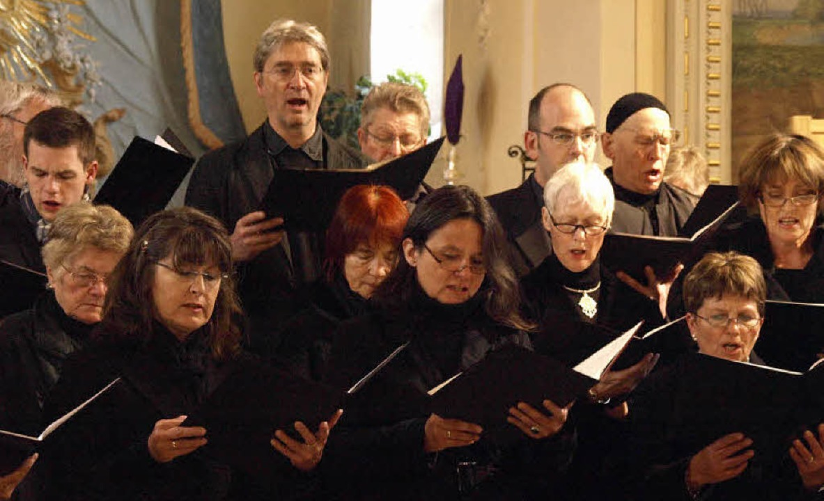Der Kirchenchor Bernau unter der Leitu...sancekomponisten Antonio Scandello auf  | Foto: Karin Stöckl-Steinebrunner