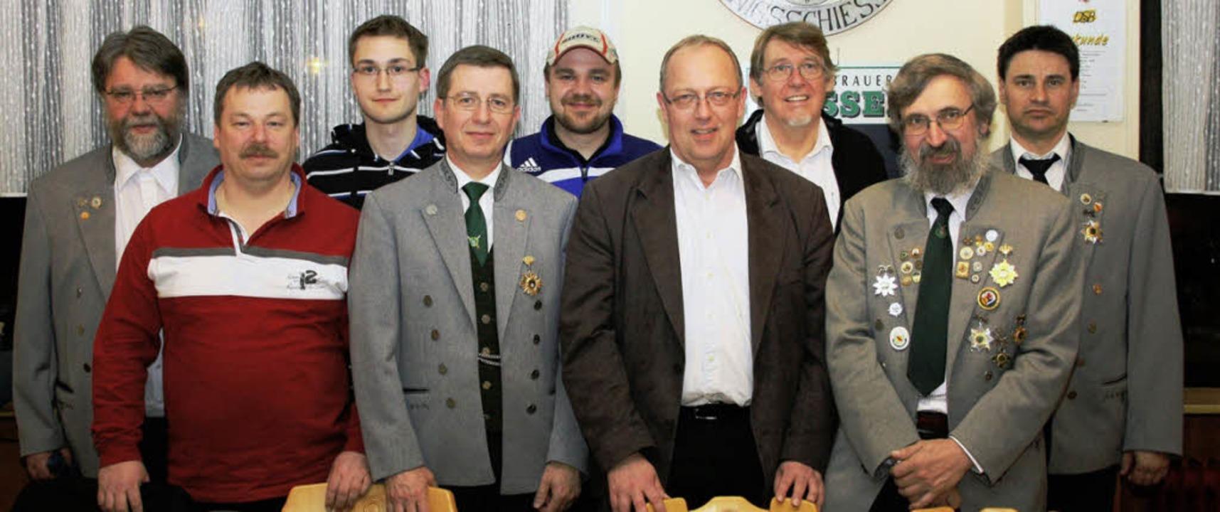 Vorstand           der Schützengesells...ler (nicht auf dem Bild Felix Laile).   | Foto: Privat
