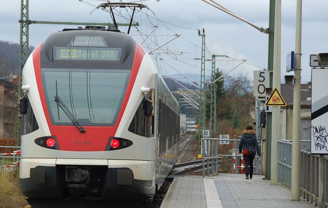 In Stetten steigen Kunden der Regio-S-Bahn rechts aus.   | Foto: Nikolaus  Trenz