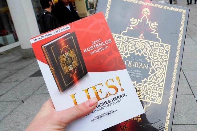 Salafisten verteilen Korane im Südwesten