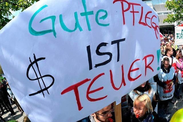 Fast 1.000 Beschäftigte streiken an der Freiburger Uniklinik