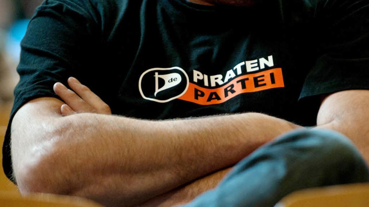 Mal abwarten, wohin der demoskopische ...tei noch trägt: Pirat in Einheitskluft  | Foto: dapd/dpa
