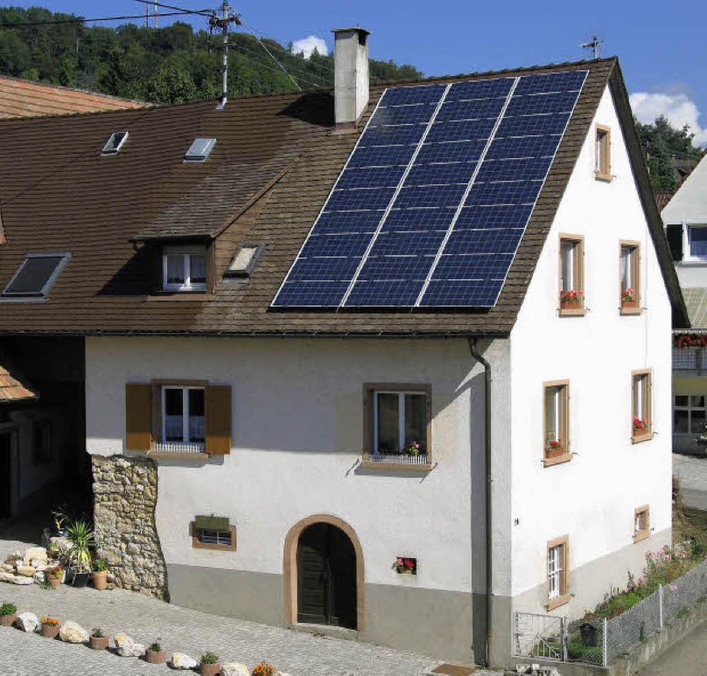 lohnt sich eine solaranlage haus garten badische zeitung. Black Bedroom Furniture Sets. Home Design Ideas