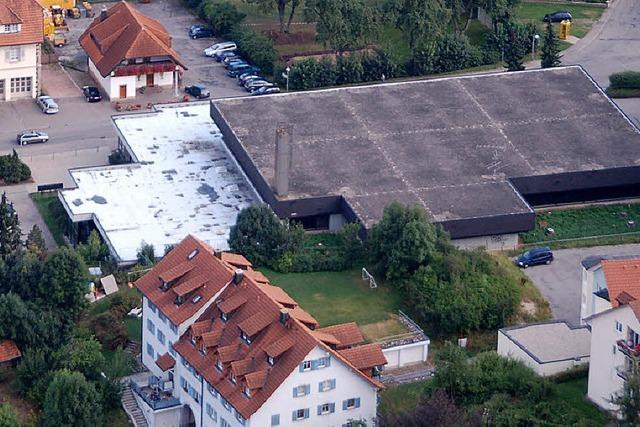 Dach der Halle ist undicht