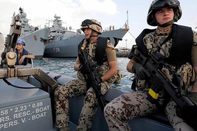 Bundeswehr darf Piraten an Land bekämpfen